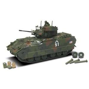 of Valor U.S. M3A2 Bradley 132 Scale Die Cast Tank Toys & Games
