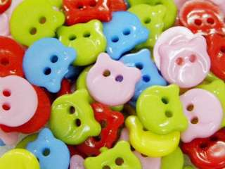 35 MIX LOT TEDDY BEAR SHAPE PLASTIC SEWING BUTTONS C412