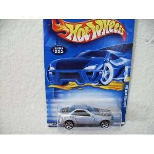 Hot Wheels Mercedes benz Slk 2001 #225 [Toy] Toys & Games