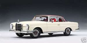 Autoart 1968 MERCEDES BENZ 280SE COUPE WHITE/RED ROOF