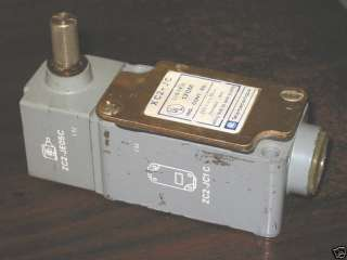 XC2JC TELEMECANIQUE LIMIT SWITCH ZC2JC1C SIDE ROLLER